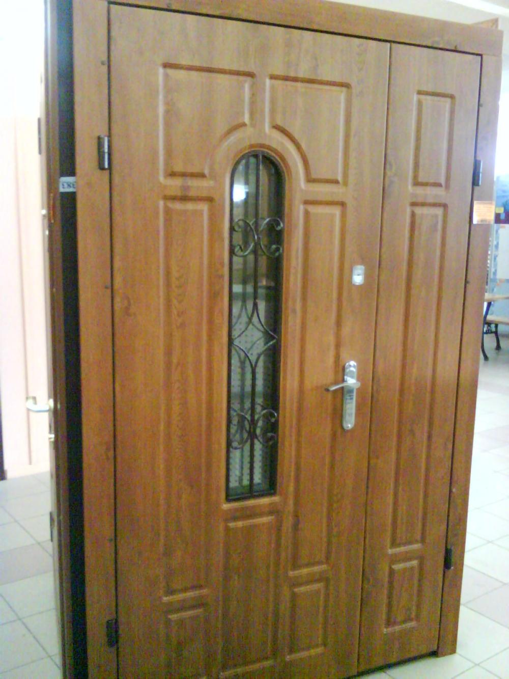 бронирование входные двери для коттеджа